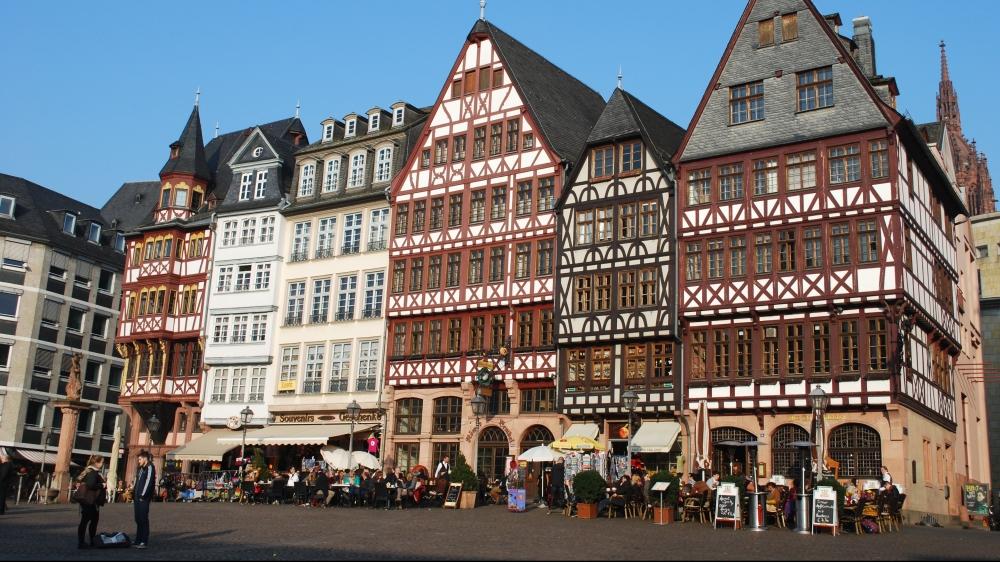 frankfurt-282598.jpg